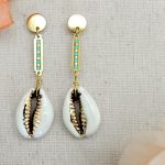 DIY White Cowrie Shell Earrings –